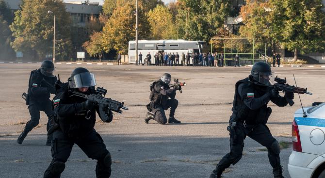 Жандармерийски структури от 11 страни наблюдаваха демонстрации у нас