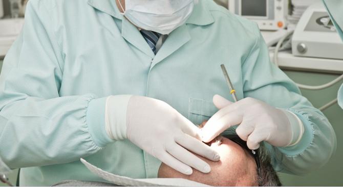 Почти 4-сантиметров изваден зъб беше признат за рекорд на Гинес