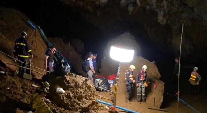 Тайланд разреши посещението в пещерата, от която бяха спасени ученици и треньор