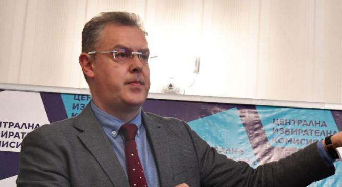 ЦИК: Вторият тур на изборите за кметове започна нормално