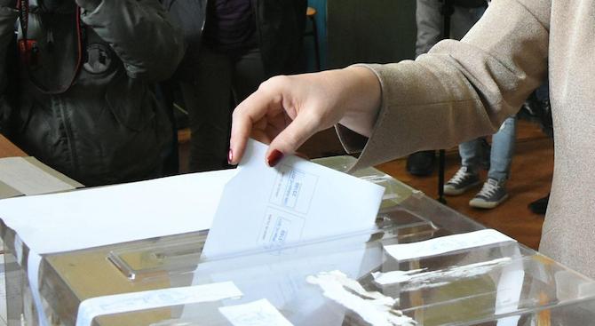 ОИК: Във Варна изборният ден започна нормално