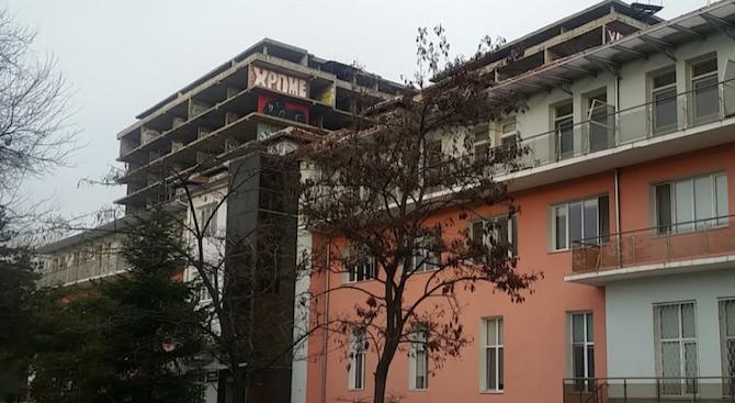 Камарата на архитектите: Сградата за бъдещата детска болница е незаконна