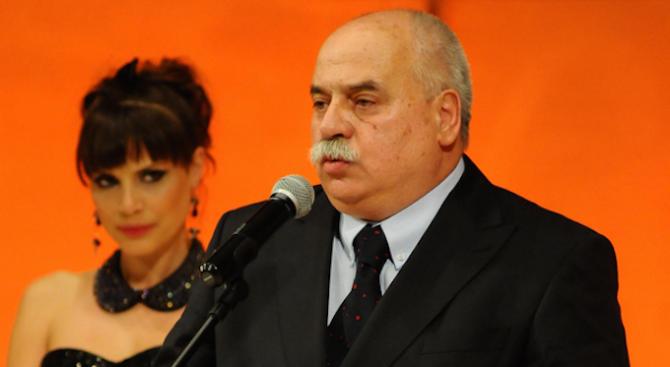 Почина Павел Васев
