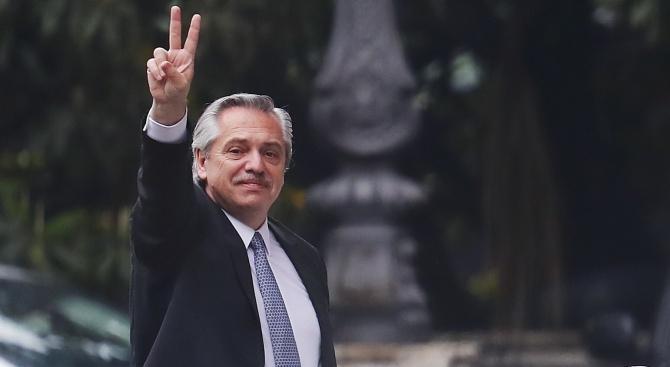 Новоизбраният президент на Аржентина: Имах интересен разговор с Еманюел Макрон