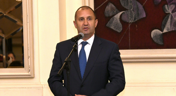 Румен Радев: Демокрацията ни буди повече тревога, отколкото успокоение