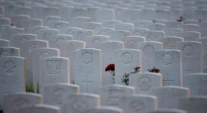 Във Великобритания отдават почит на загиналите  във войните
