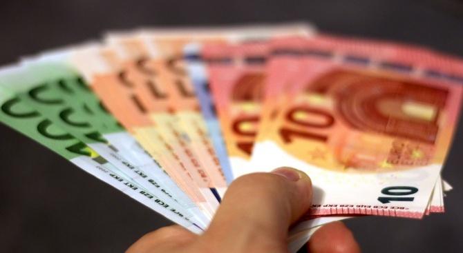 Румънец опита да подкупи полицаи с евро на пътя Русе – Бяла
