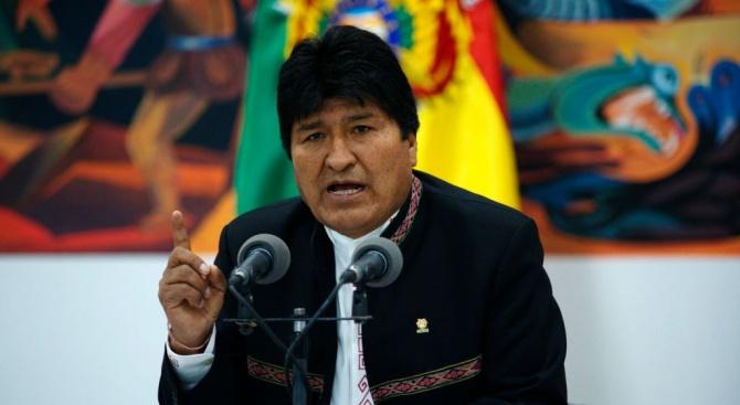 Мексико: Президентът на Боливия Ево Моралес е жертва на преврат