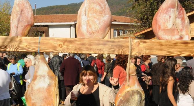 Тридневен празник на еленския бут подготвят в община Елена