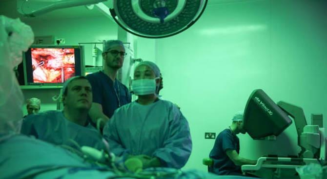 Лекари извършиха белодробна трансплантация, свързана с употреба на електронни цигари