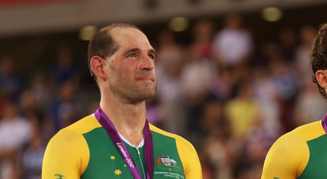 Автомобил уби петкратният параолимпийски шампион Кийрън Модра