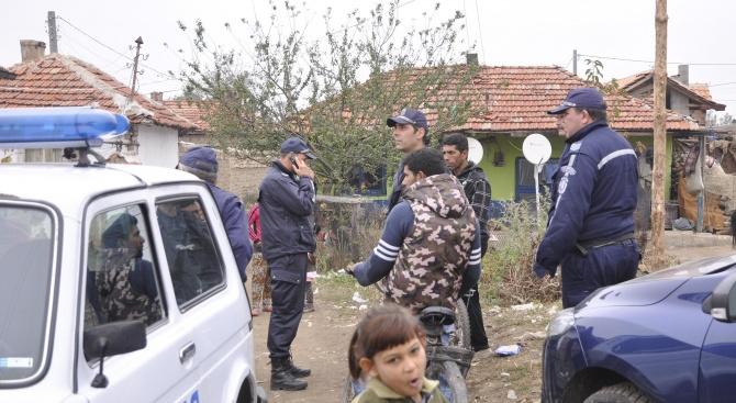 Отвличане е основната версия на полицията за изчезналото момченце от Николаево