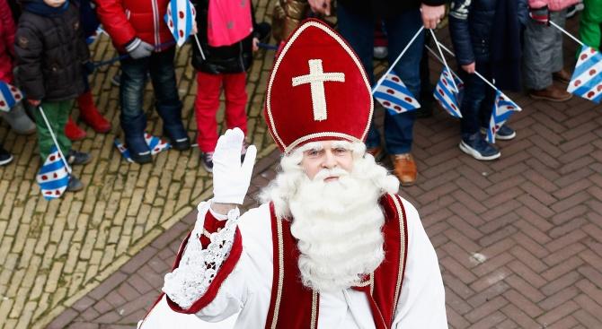 Дядо Коледа пак раздели Холандия заради помощника си Черния Пит