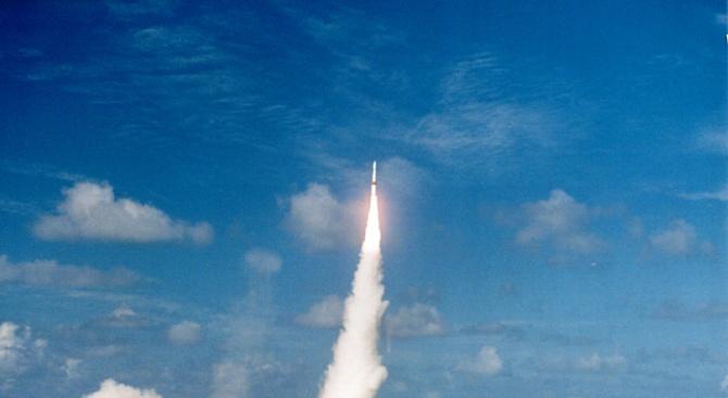 Индия извърши изпитание с балистична ракета, способна да носи ядрен заряд