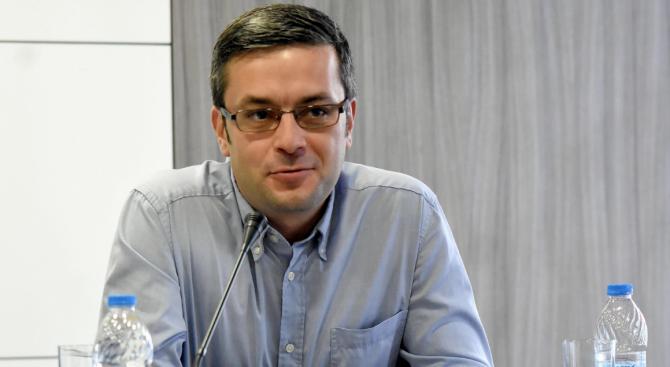 Тома Биков: Трябват още мерки за решаване на проблема с фалшивите болнични