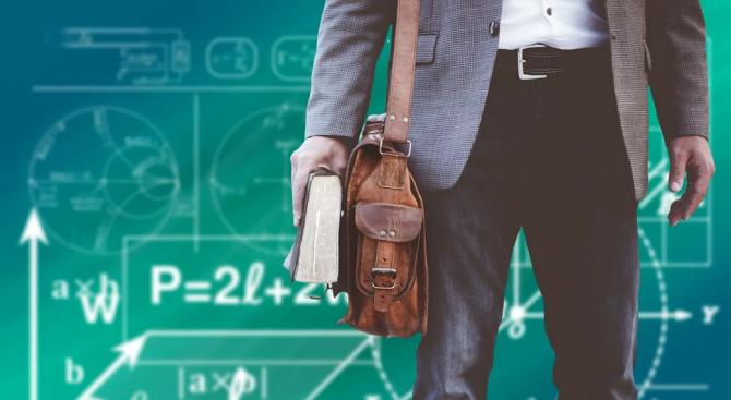 Само 12% от учителите у нас са мъже