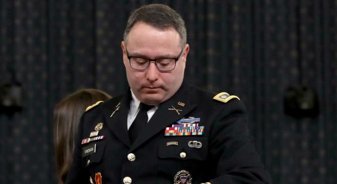 Ключов свидетел в разследването за импийчмънт на Тръмп е получил примамливо предложение от Киев