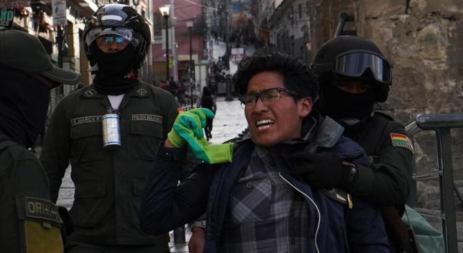 Сблъсъци в Боливия, има загинал и няколко ранени