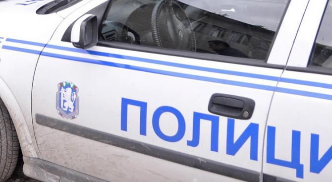 Полицията в Етрополе разследва палеж на гараж