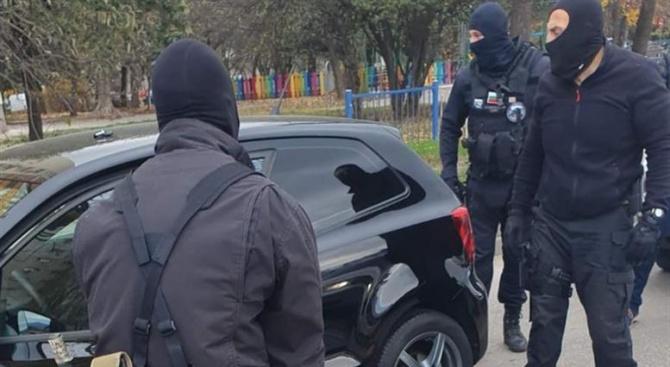 Закопчаха крадец на скъпоструваща техника на столичен булевард