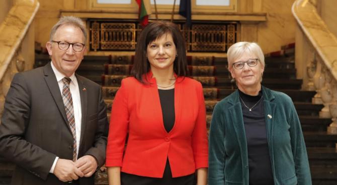 Дариткова се срещна с председателя на Комисията по здравеопазване на Германския Бундестаг