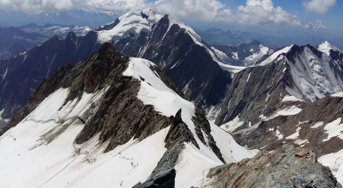 Двама топ алпинисти загинаха на Монблан