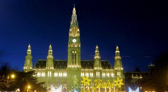 Откриха прочутия коледен базар във Виена