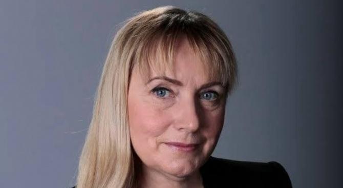 Социалистите в Брюксел подкрепят Елена Йончева