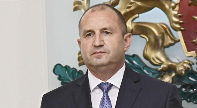 Радев подписа указ за назначаването на Гешев и обяви, че започва дебат за промени в Конституцията