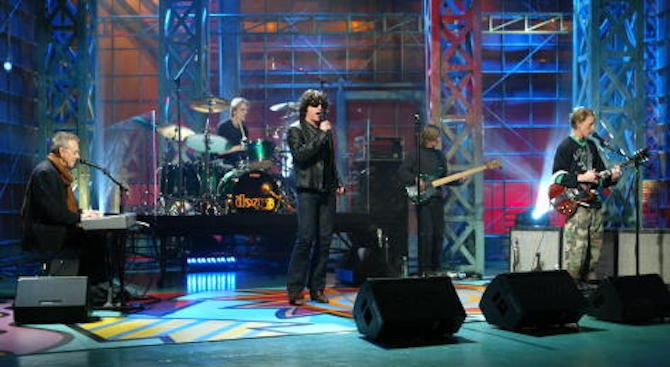 Почина басист на легендарната група The Doors