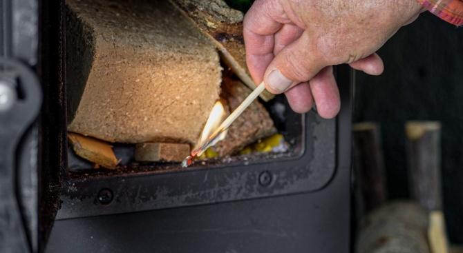 В Търговищко се топлят с над 19 000 кубически метра дърва