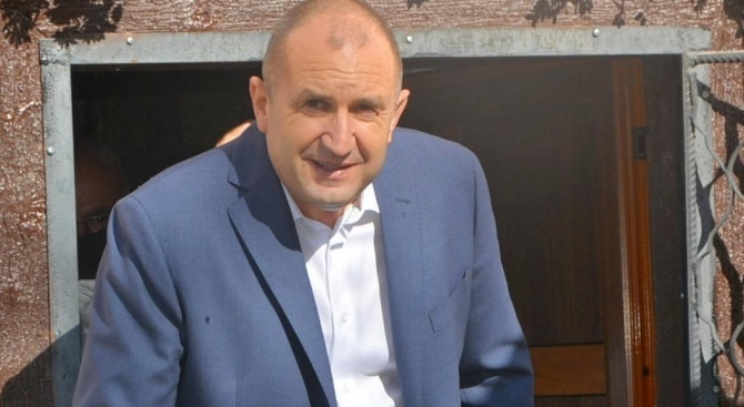 Президентът Румен Радев ще посети Ботевград за празника на града