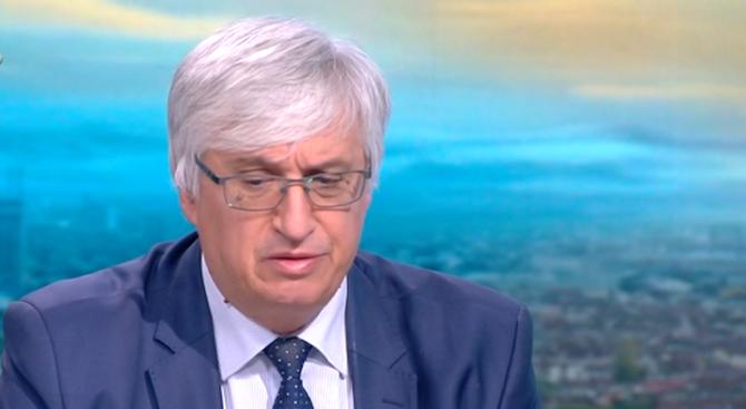Иван Нейков за оставката на Бисер Петков: Той беше свой сред чужди