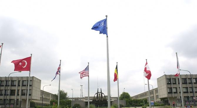 Декларацията от срещата на върха на НАТО ще потвърди ангажимента за колективна отбрана