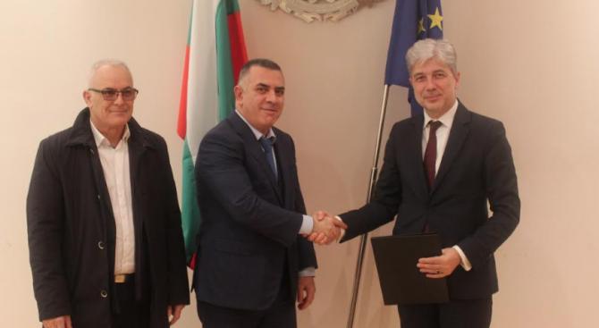Сливен ще инвестира средства в по-чист транспорт с финансиране по ОПОС