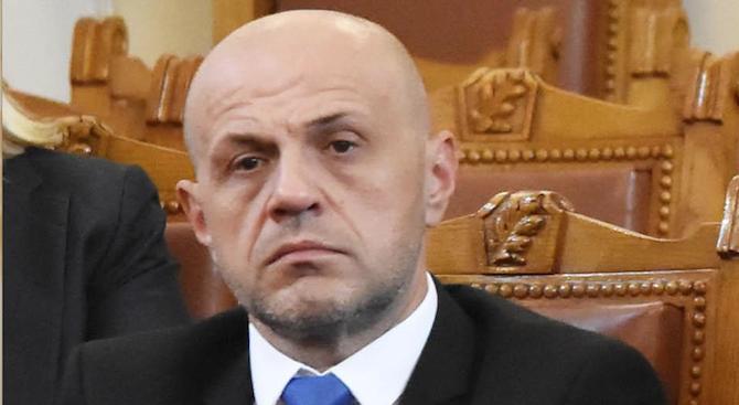 Томислав Дончев: Някой говори силно или вика, когато няма какво да каже