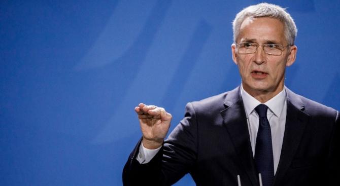Столтенберг: НАТО ще отвърне, ако бъдат атакувани Полша и балтийските страни