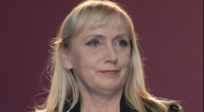 Елена Йончева: Аз съм и винаги съм била против санкции срещу Русия