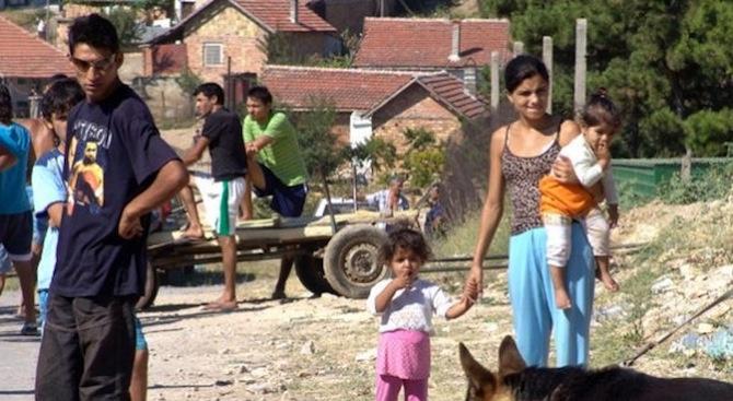 Обучават жени от ромската махала в Харманли