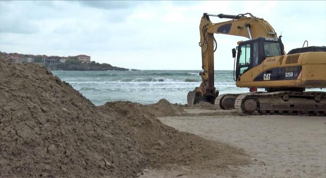 Нови строежи и багери по Черноморието