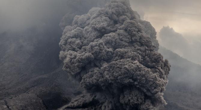 Вулкан изригна в Нова Зеландия