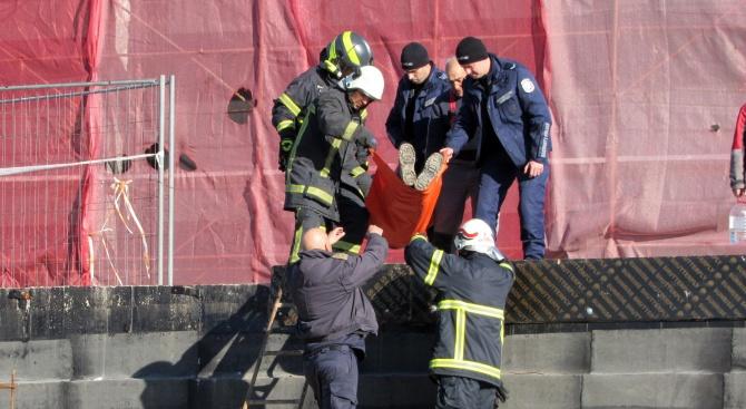 Пожар избухна в подкуполното пространство на Пантеона в Русе