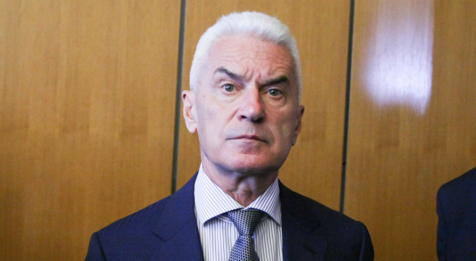 Волен Сидеров: За втори път предложих да се оттегли вдигането на данъците в София, но предложението ми не беше прието