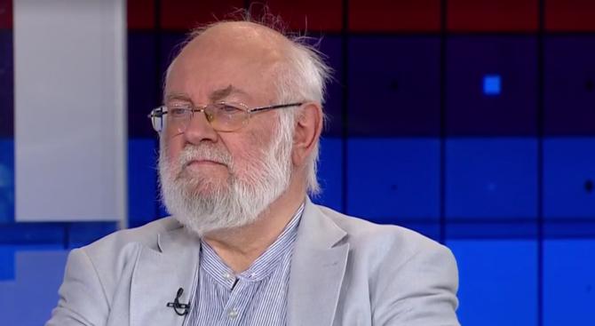 Д-р Константин ТРЕНЧЕВ: Комунизмът си отиде, но комунистите останаха