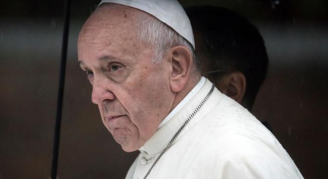 Папата отправи ново послание за защита на околната среда и против ядрените оръжия