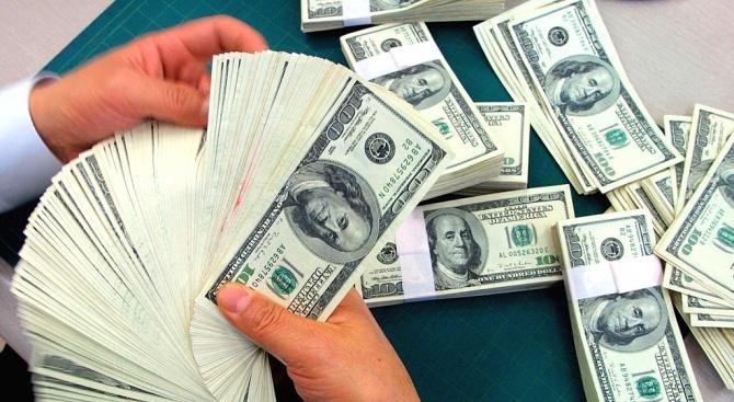 Ватиканът кърпи бюджет с дарения