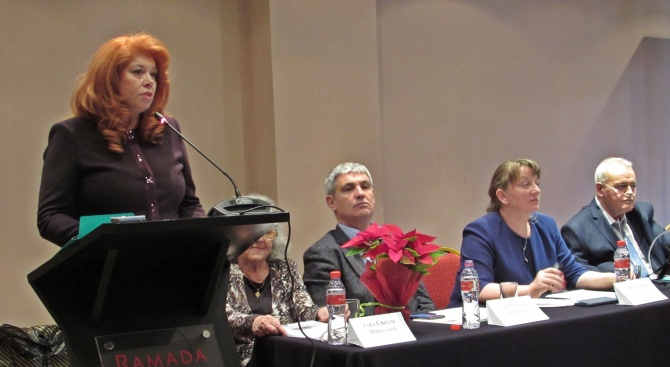 Илияна Йотова: Възможност за достоен живот дължим на хората с увреждания