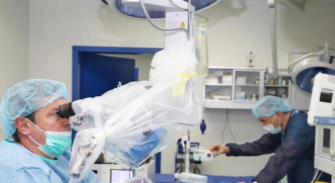 15 години от първата кохлеарна имплантация във ВМА