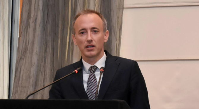 Красимир Вълчев е подписал заповед за одит в Националната художествена академия