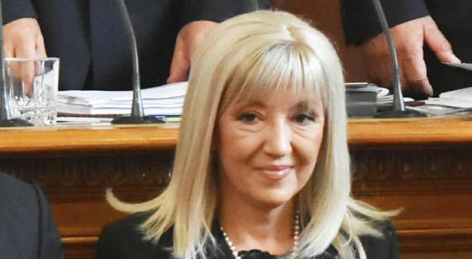 Петя Аврамова увери, че ще има магистрала Русе - Велико Търново